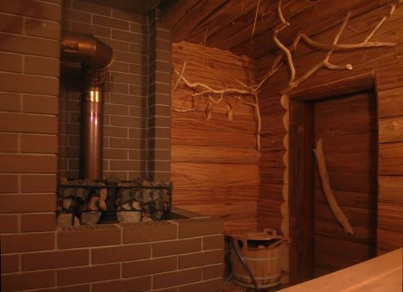 Печь ПарАвоз в Бане, декорирование бани коряжками, Артель Банная