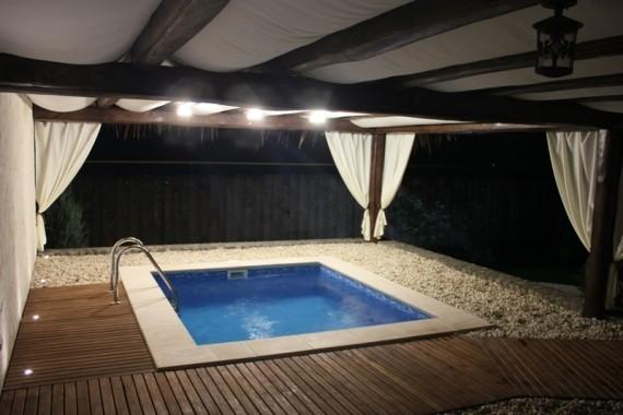 Банный двор, банный клуб Остров, бассейн для бани, дизайн бани