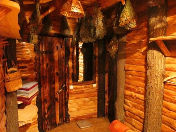 Кузьмичевские бани - раздевалка, кто строил кузьмичевские бани в киевеи, кузьмичевские бани контакты, артель банная кузьмичевские бани, repmvbxtdcrbt ,fyb